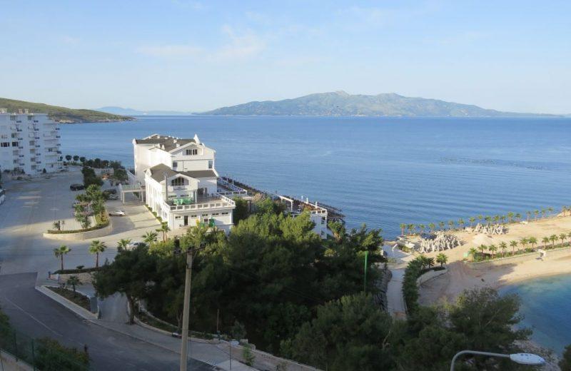 Sarandë mit Glassklarem Wasser - Albanien