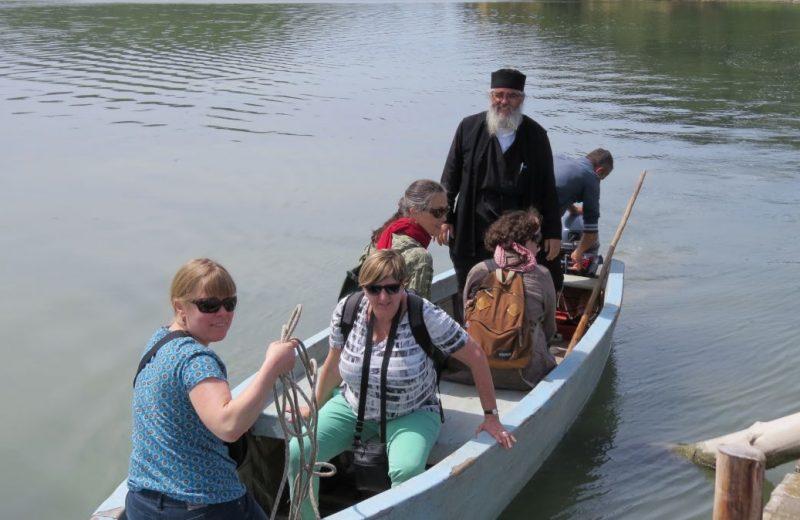 Mit dem Boot nach Zvernec